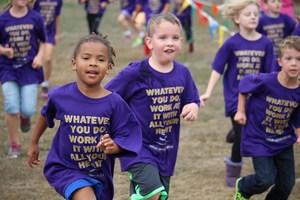 2015 Jog-A-Thon - students running