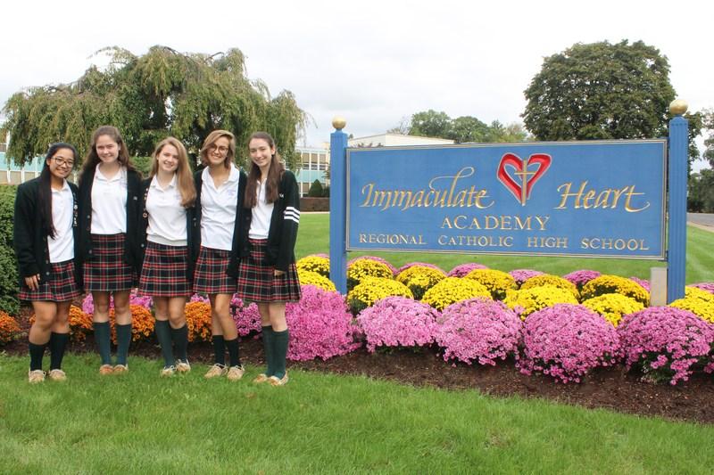 Five Seniors Named National Merit® Commended Students Thumbnail Image