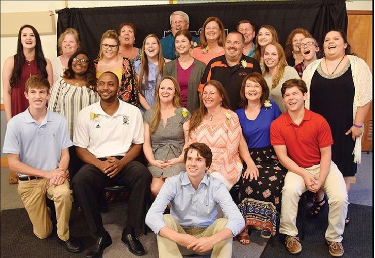 SISD Staff Honored at Graduate Dinner Thumbnail Image