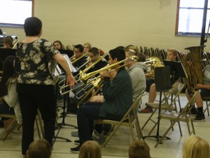 Brown Middle School band students play for Pilot students.
