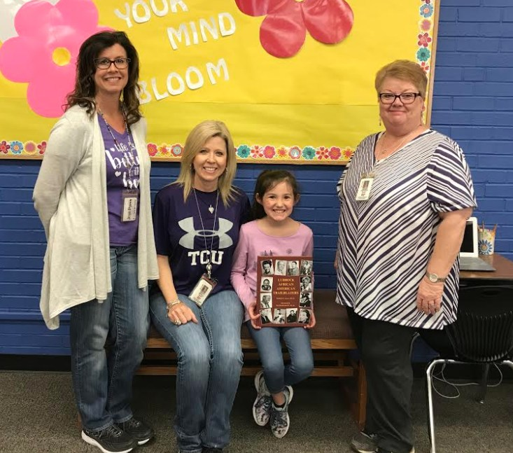 Dr. Samuel Ayers Donates Book to South Elementary Library Thumbnail Image