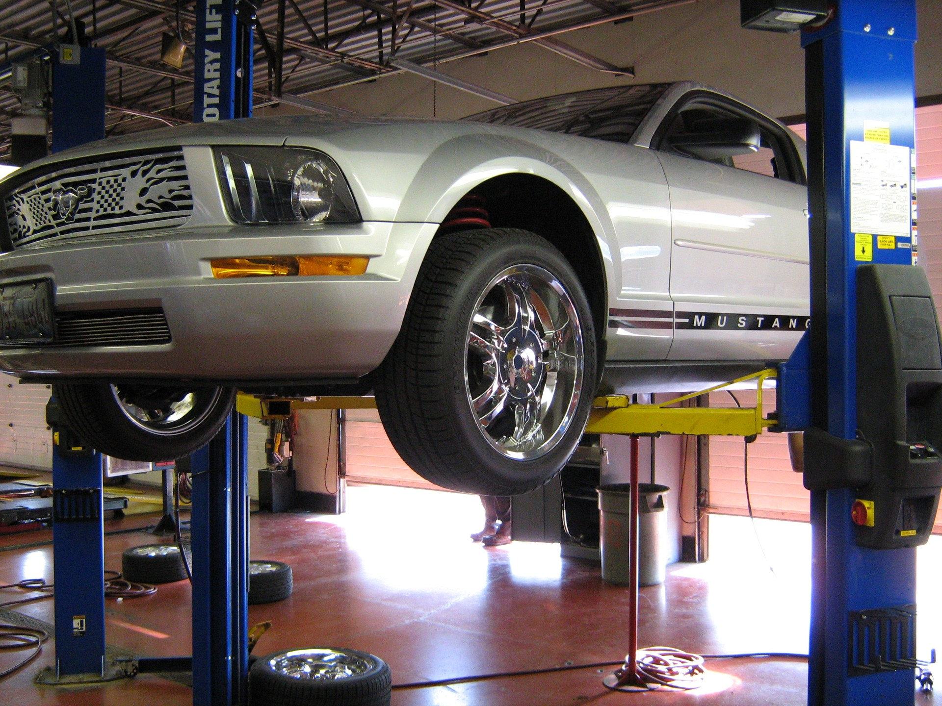 mustang on lift