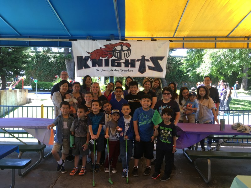 2017 Mom and Son Mini Golf Tournament Featured Photo