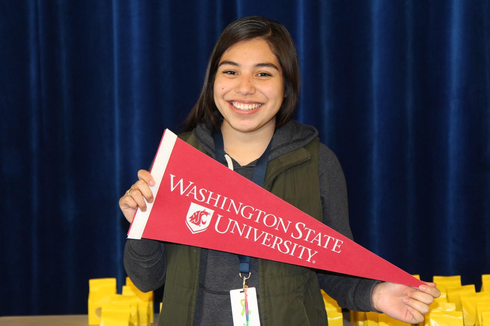 Carolina Garcia-Melendrez-Wapato High School class of 2017