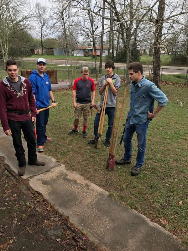 Coldspring Students build ramp for SJC Veteran Thumbnail Image