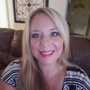Leslie Dickey's Profile Photo