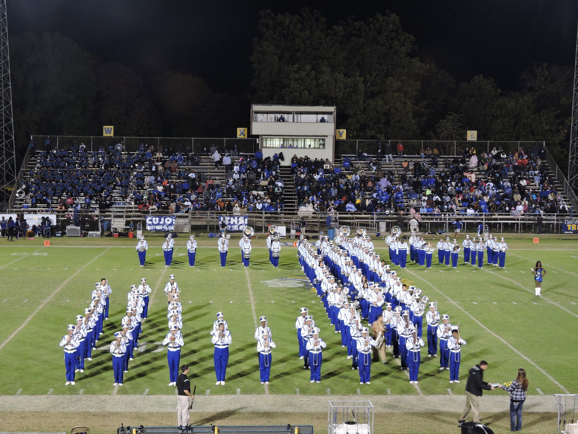 band forming a J at half-time