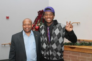 Ochaun Mathis celebrates signing his letter of intent to play for TCU.