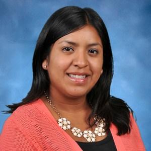 Yvette Avalos's Profile Photo