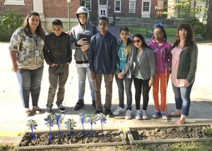 Students that planted pinwheels
