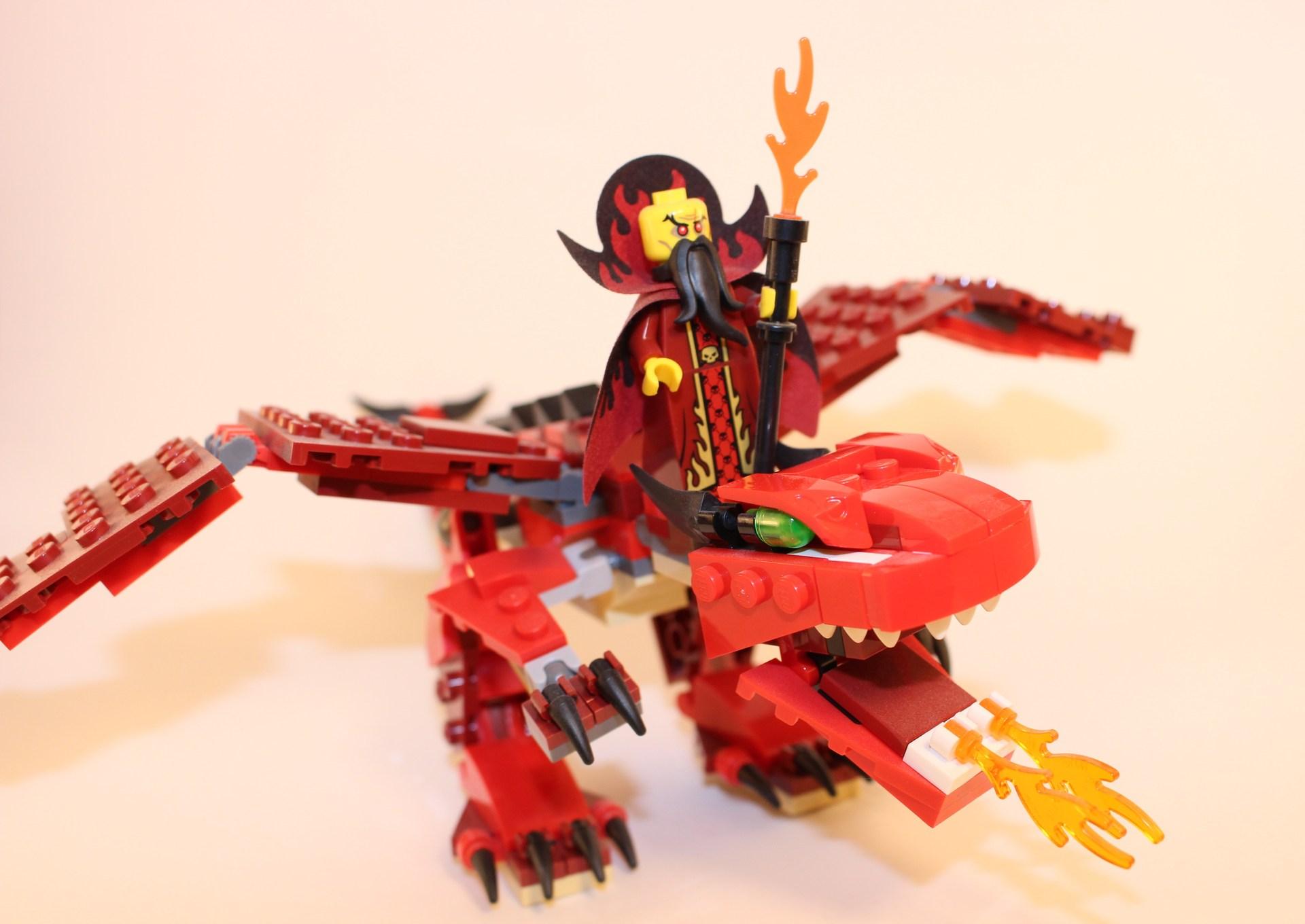 LEGO Evil Sorcerer & Dragon