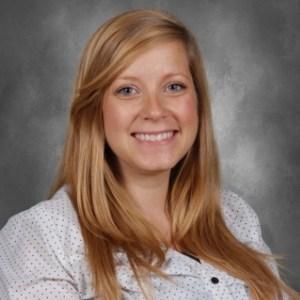 Elizabeth Reeves's Profile Photo