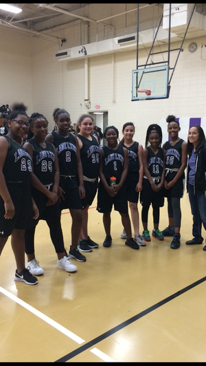 Lady Lynx hoops.png