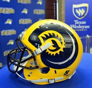 Texas Wesleyan Football 11.jpg