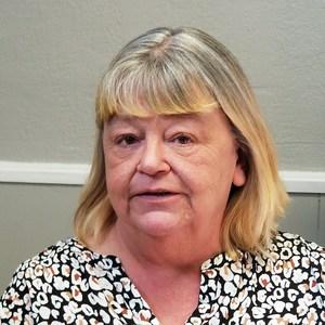 Lora Oliver's Profile Photo
