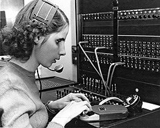 Until the 1970s, the @nyise999 used a telephone switchboard to connect calls.
