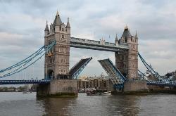 tower-bridge1.jpg