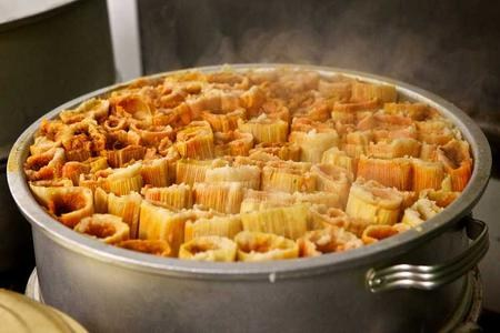 Holiday Tamales: Pickup Orders Thurs, Dec 21st 2-4:30 pm in Front of the Gym! Thumbnail Image