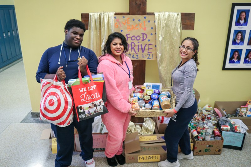 Tigers Give Back this Holiday Season Featured Photo