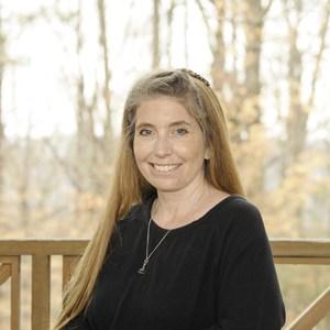 Stacey Edwards's Profile Photo