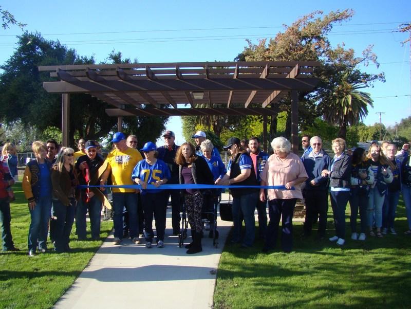 Alumni Park Ribbon Cutting Commemorates Generations of EUHS Graduates
