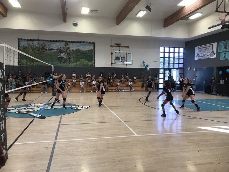 Girls Volleyball takes down Rancho Viejo, advances to championship game.