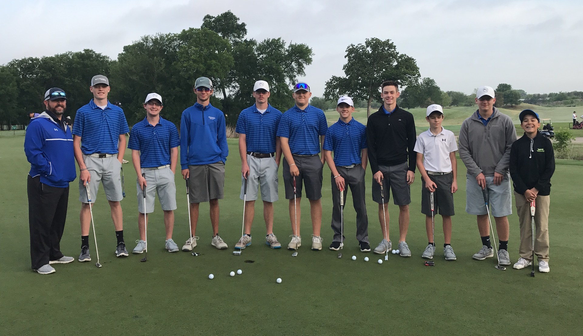 Brewer Boys' varsity golf team places fifth in district.