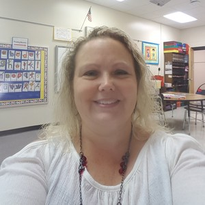 Angie Pierce's Profile Photo
