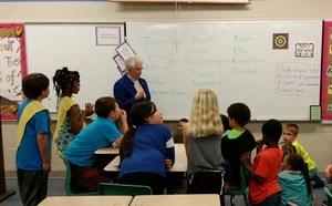 Foxx visits Jones classroom.jpg