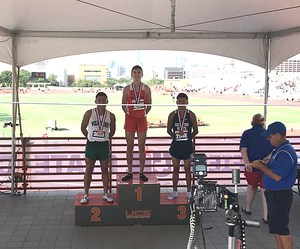 runners on winners' podium