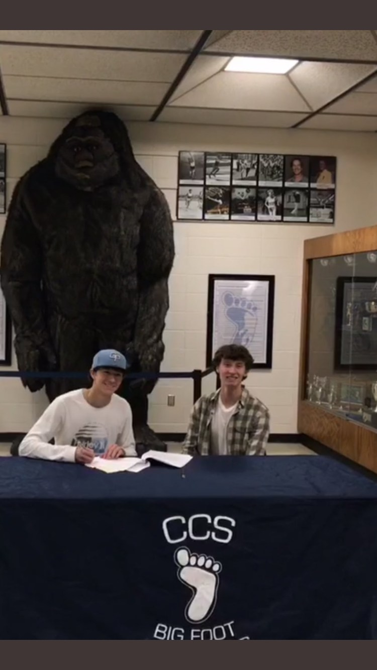 Grimes signs with SFCC