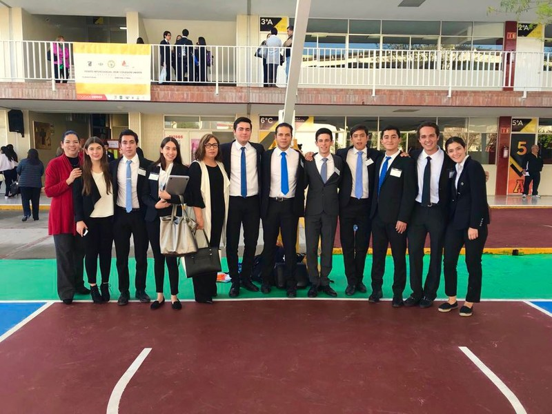 CAT avanza a semifinales en Concurso de Debate Featured Photo