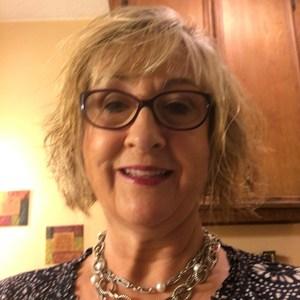 Gina Hutchens's Profile Photo