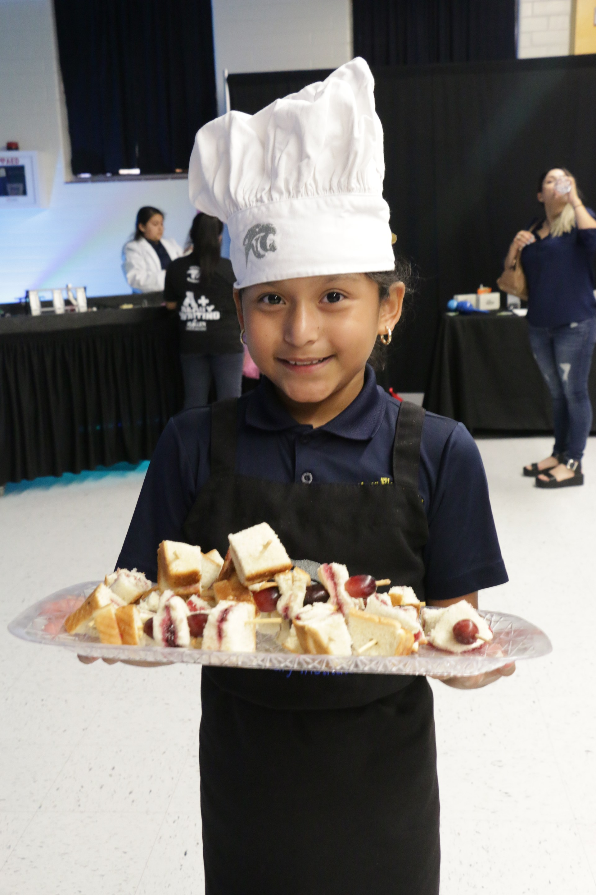 culinary students show their skills
