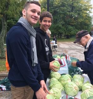 Invictus Students Parma Heights food drive