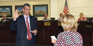 Lee McLeod sworn in as board trustee 061217  for in the news.jpg
