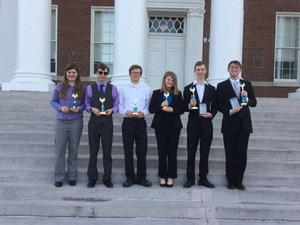 Congratulations to the SHS Debate Team.  This is a picture of the 6 member team after they won.