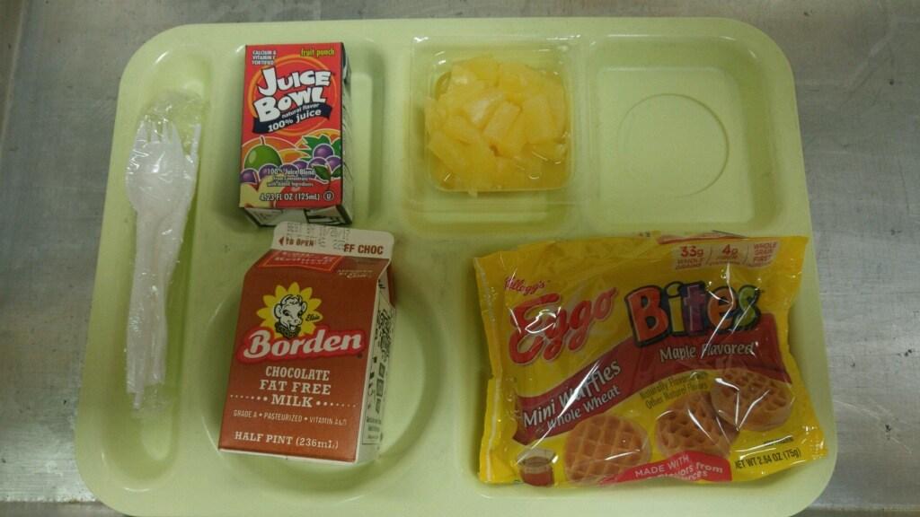 waffles breakfast tray