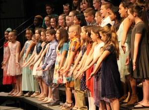 Gananda's 4th Grade Chorus Kicks Off The Elementary Spring Concert