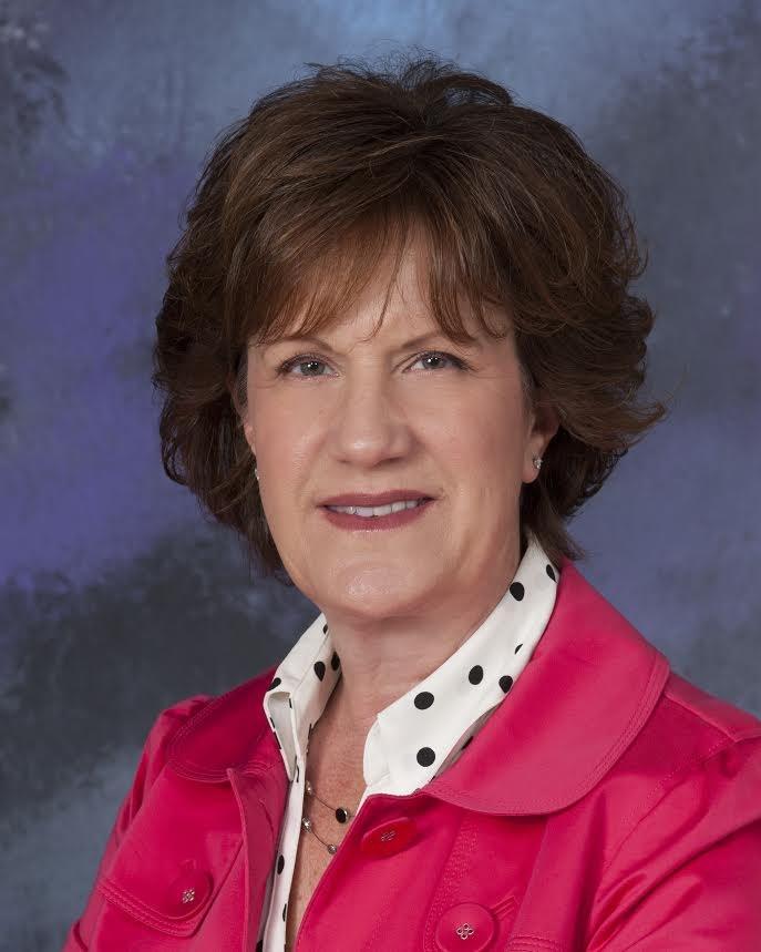 Photo of Board Clerk Lori Phillipi.