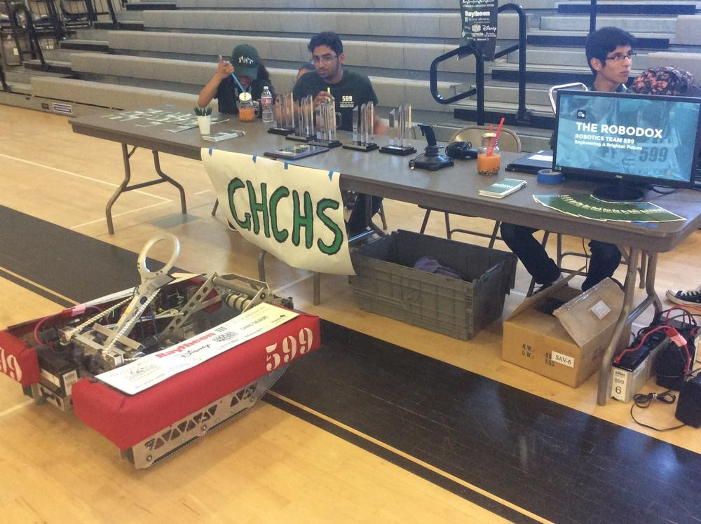 Chatsworth High Robodox Team at STEAM Expo - Valley Academy of Arts and Sciences