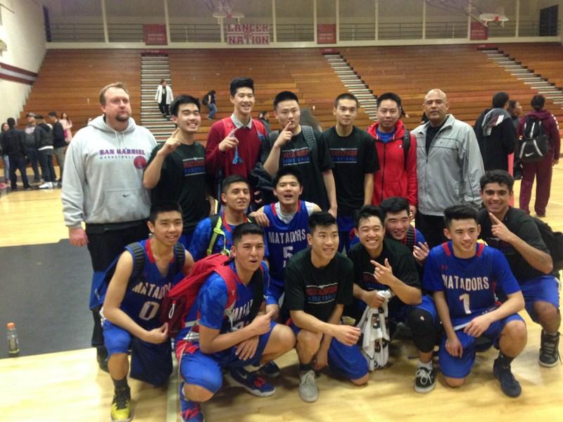 Boys Basketball - Almont League Co-Champs! Thumbnail Image