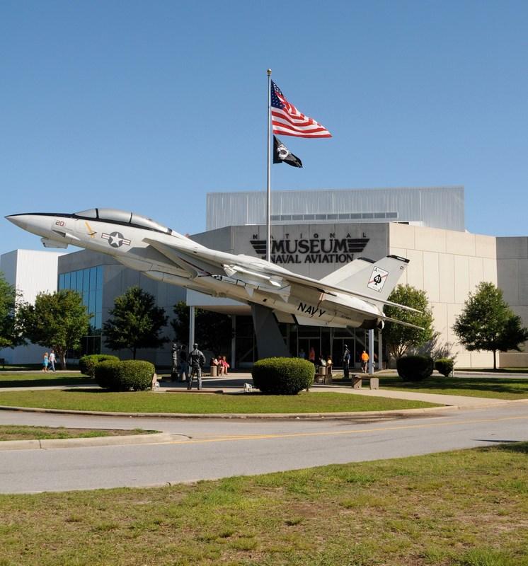 ¡Dos becas para el programa National Flight Academy 2018 en Pensacola Florida! Featured Photo