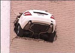 car crashing building crash.jpg
