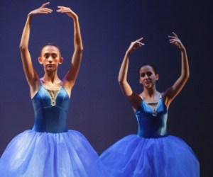 dancers1.PNG