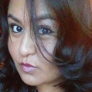 Clara Santacruz's Profile Photo