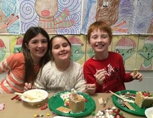 DTSD - 3rd Grade Gingerbread House Building Bonanza 6.jpg