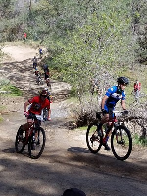 Hemet JV rider competing at the Keyesville race