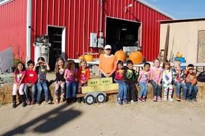 Kinder visits the pumpkin patch!