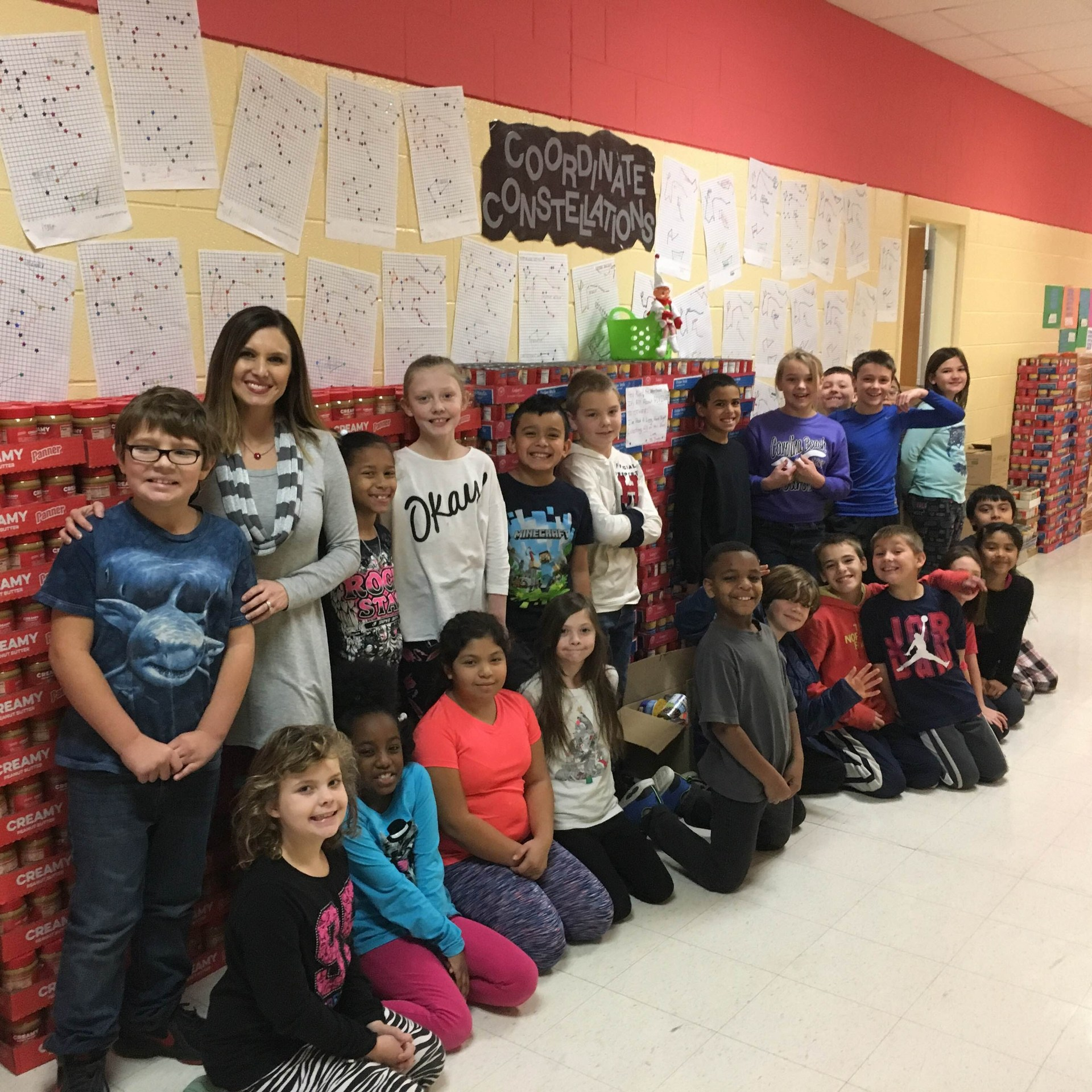 Jones students participating in friends feed friends drive
